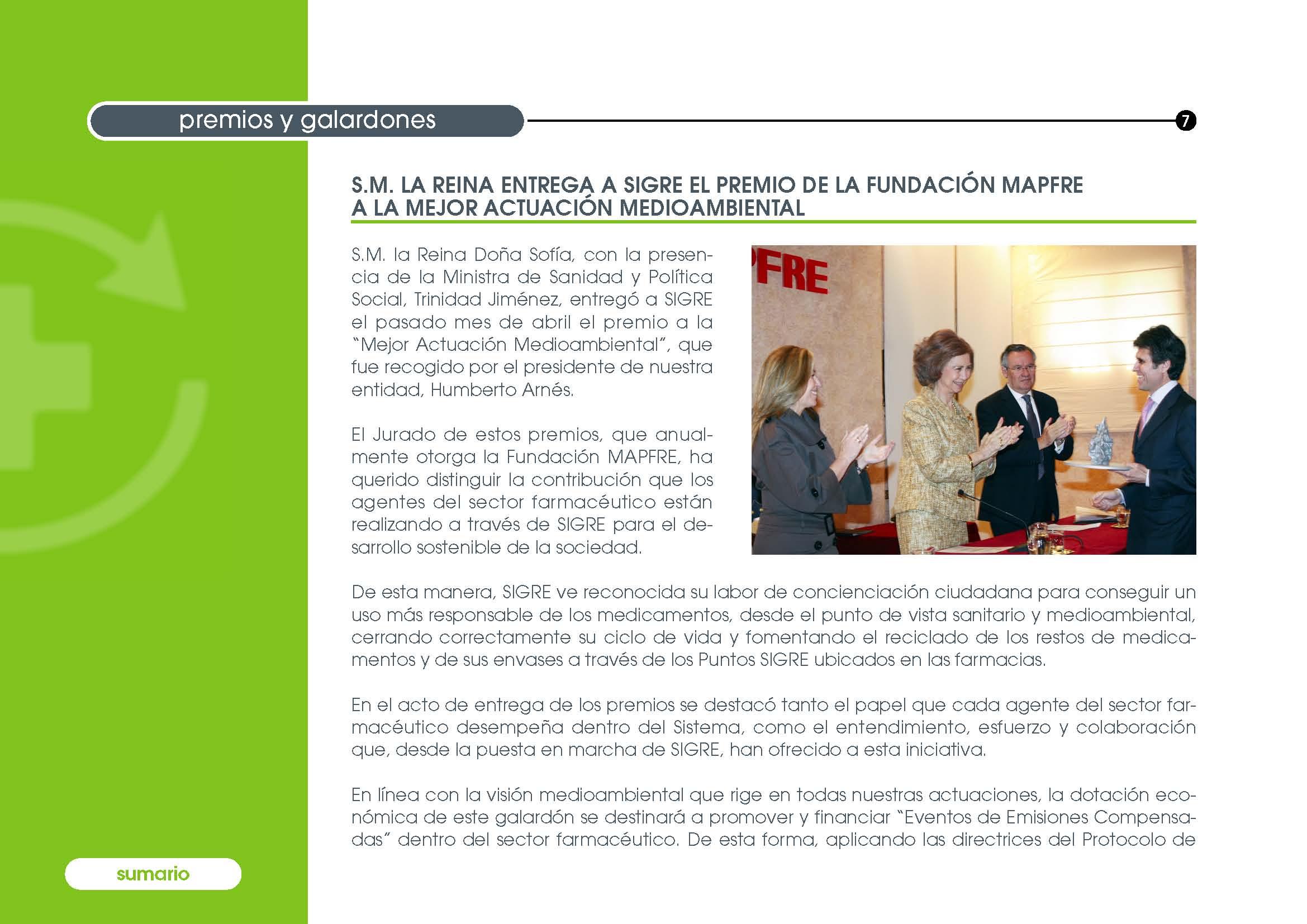 S.M. la Reina Doña Sofía hace entrega del Premio MAPFRE al Presidente de SIGRE, Humberto Arnés