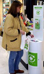 El papel clave de la mujer en el reciclado de medicamentos